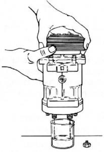 wymiana sprężarki w układzie klimatyzacji samochodowej